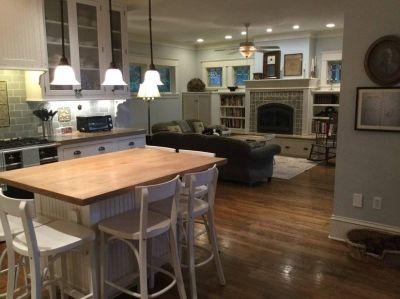 $8000 4 single-family home in Mercer Island