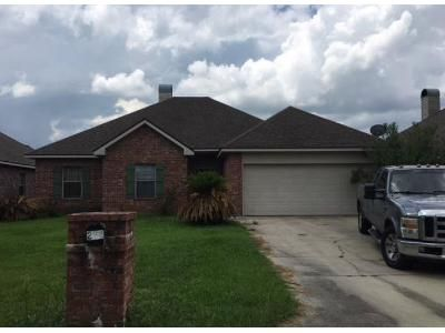 3 Bed 2 Bath Foreclosure Property in Lafayette, LA 70506 - Shadowbrush Bnd