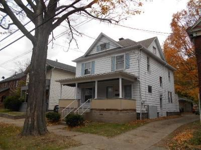 3 Bed 2 Bath Foreclosure Property in Erie, PA 16507 - W 5th St