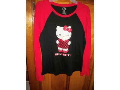 2010 NEW LADIES HELLO KITTY T SHIRT SIZE LARGE