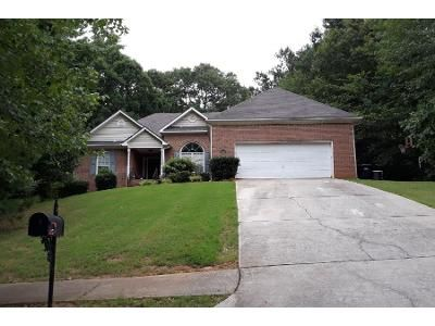 3 Bed 3 Bath Foreclosure Property in Mcdonough, GA 30252 - Crown River Pkwy