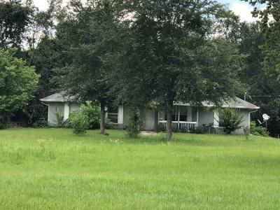 3 Bed 2 Bath Preforeclosure Property in Bell, FL 32619 - SW 17th Ct