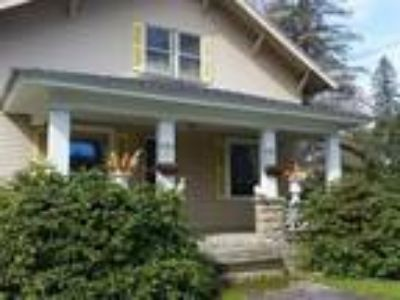 Home For Sale by Owner in Keene