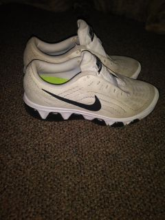 Nike sneakers..play shoes