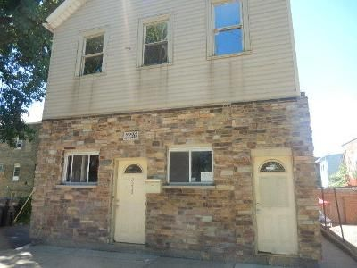 3.0 Bath Foreclosure Property in Chicago, IL 60608 - S Wood St