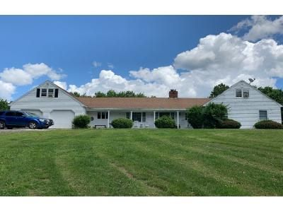 6 Bed 4 Bath Preforeclosure Property in Rindge, NH 03461 - Hill Top Dr