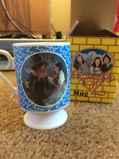 The Wizard of Oz Scarecrow & Dorothy Porcelain Mug by Presents Div Hamilton Gifts 1990