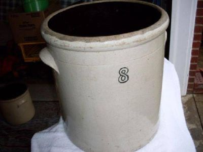 $175 Great 8 Gallon Crock with Handles (Ironton, Ohio)
