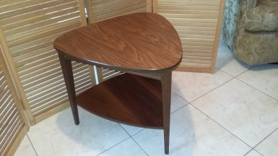 Mid Century Modern Mersman Guitar Pick End Side Table - MCM Walnut with Wood Grain Laminate Top.