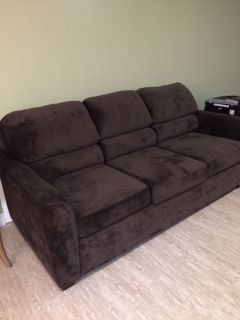Virtually New Couch/Sofa