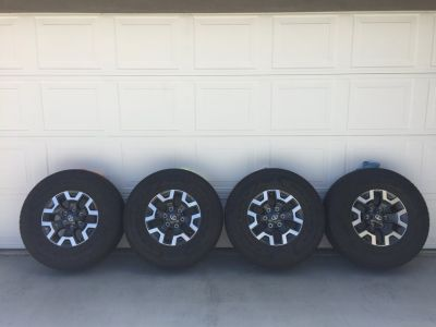 2018 Toyota TRD Offroad Wheels and Tires new cond. aprox 500 miles on em