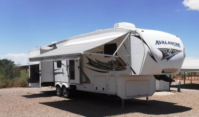 RV-Fifth Wheel For Sale