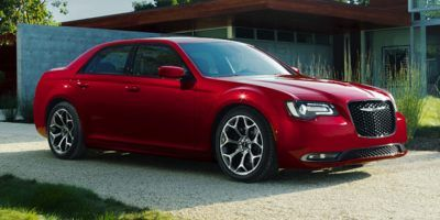 2018 Chrysler 300-Series Touring RWD (Red)
