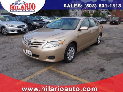 2011 Toyota Camry Base (Gold)