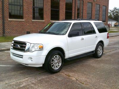 2012 Ford Expedition XLT (WHI)