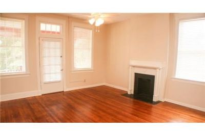 1 bedroom Apartment - Loft in Downtown Augusta. Offstreet parking!