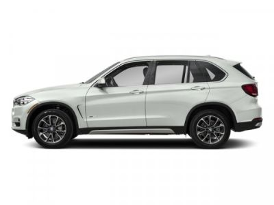 2018 BMW X5 xDrive35i (Alpine White)