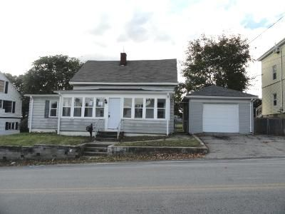 3 Bed 2 Bath Foreclosure Property in West Warwick, RI 02893 - Clyde St