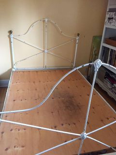 Antique 3/4 Wrought Iron Bed Frame