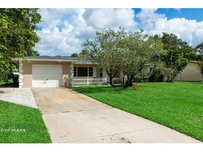 3 Bed 2 Bath Foreclosure Property in Fort Pierce, FL 34951 - Pensacola Rd
