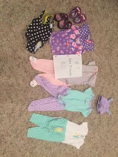 Baby girl clothes size 9 months