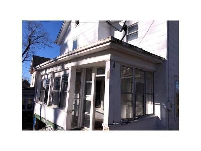 3 Bed 1 Bath Foreclosure Property in Walden, NY 12586 - Bergen Ave