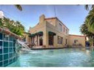 BEAUTIFUL LUXURY POOL HOME ENJOY MIAMI BEACH - Villa