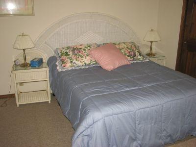 Extremely Unique  Wicker Bedroom Set