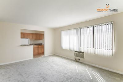 Charming, central, & affordable Mount Vernon studio in safe & secure building!