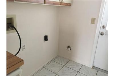 This lovely 3 bedroom 2 bath home is available right away. Washer/Dryer Hookups!