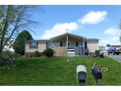 2 Bath Preforeclosure Property in New Tazewell, TN 37825 - Jonathan Ln