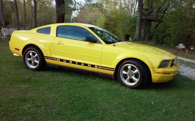 2005 Ford Mustang Coupe V6 Automatic