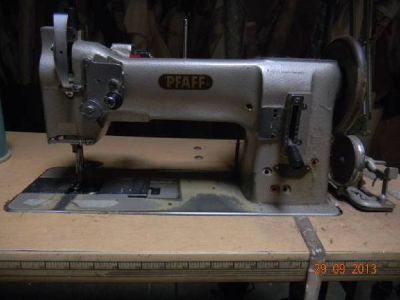 Sewing Machines-Industrial for upholstery or bedding/ cutters