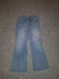 Girls Jeans Brand : Children's place. Size 5