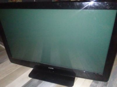 Like new flat screen smart TV