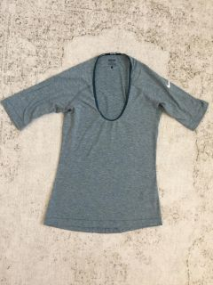 Soft Nike Top! Small
