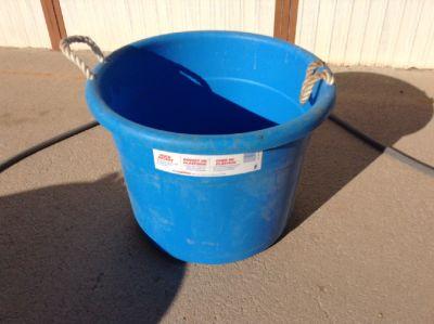 Horse Muc / Utility Buckets 70qt