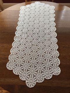 41 x 17 Vintage Crocheted Snowflake Pattern Runner