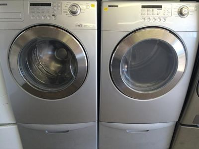 $1,000, Samsung Front-Load Washer and Electric Dryer Set in White