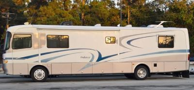 By Owner! 1999 38 ft. Holiday Rambler Endeavor w/slide
