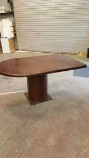 desk/conference table