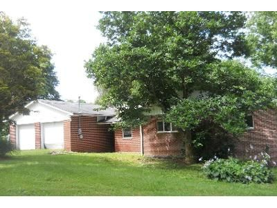 4 Bed 3 Bath Foreclosure Property in Beckley, WV 25801 - Cleveland School Rd