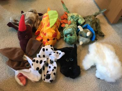 Set of 8 dinosaur and puppy puppets