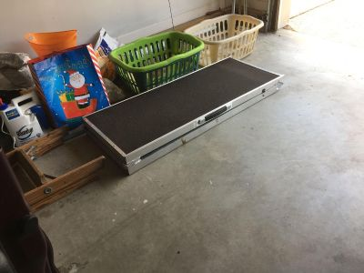 Dog ramp up to 45 pounds.