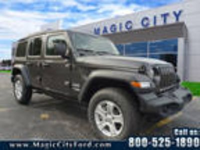 2018 Jeep Wrangler Unlimited Gray, new