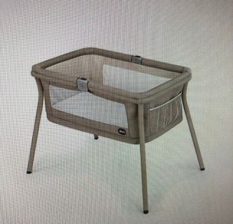 Chicco Portable Bassinet Tan