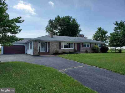 215 Belmont Rd Gettysburg Three BR, If location is everything you