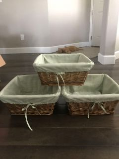 3 lined baskets