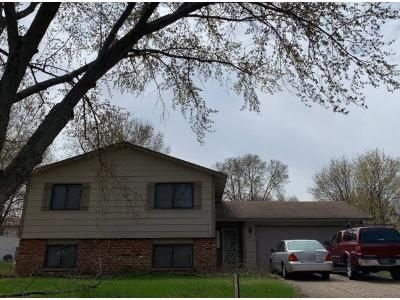 2 Bed 2 Bath Preforeclosure Property in Minneapolis, MN 55444 - 84th Ave N