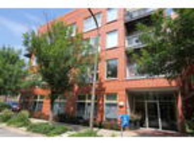 Available Property in EVANSTON, IL
